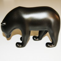 Sculpture Brown bear collector by Pompon