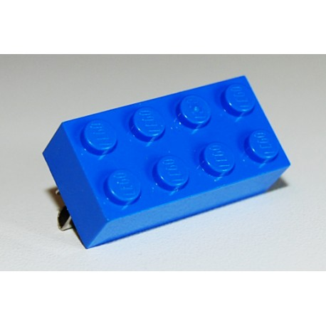Lego brooch by the french creator Sno0oze blue