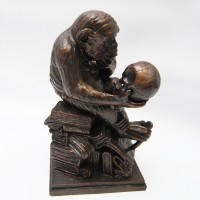 Sculpture Monkey and skull by Rheinhold 21 cm