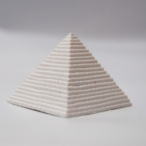 3d rubber pyramid