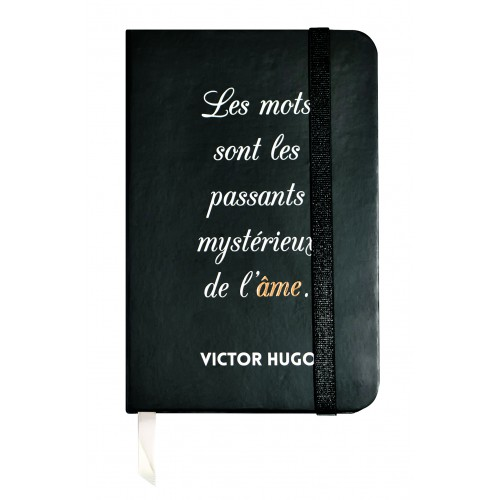 Small notebook with a quote of Victor Hugo