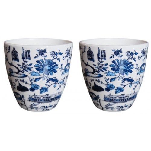 The prize of 2 mugs originals, a creation of a young artist of Asia