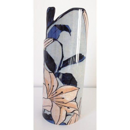 Original vase from Lilies by Hokusai
